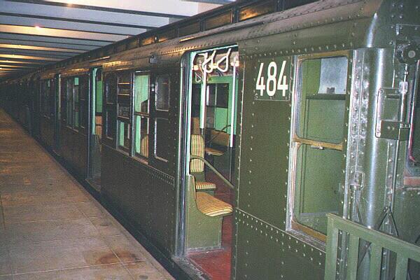 (124k, 600x400)<br><b>Country:</b> United States<br><b>City:</b> New York<br><b>System:</b> New York City Transit<br><b>Location:</b> New York Transit Museum<br><b>Car:</b> R-4 (American Car & Foundry, 1932-1933) 484 <br><b>Photo by:</b> Sidney Keyles<br><b>Date:</b> 5/23/1999<br><b>Viewed (this week/total):</b> 0 / 4332