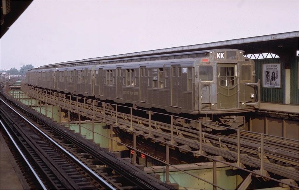 (180k, 1024x650)<br><b>Country:</b> United States<br><b>City:</b> New York<br><b>System:</b> New York City Transit<br><b>Line:</b> BMT Nassau Street/Jamaica Line<br><b>Location:</b> 85th Street/Forest Parkway <br><b>Route:</b> KK<br><b>Car:</b> R-6-3 (American Car & Foundry, 1935)  1000 <br><b>Photo by:</b> Doug Grotjahn<br><b>Collection of:</b> Joe Testagrose<br><b>Date:</b> 7/19/1972<br><b>Viewed (this week/total):</b> 7 / 6155