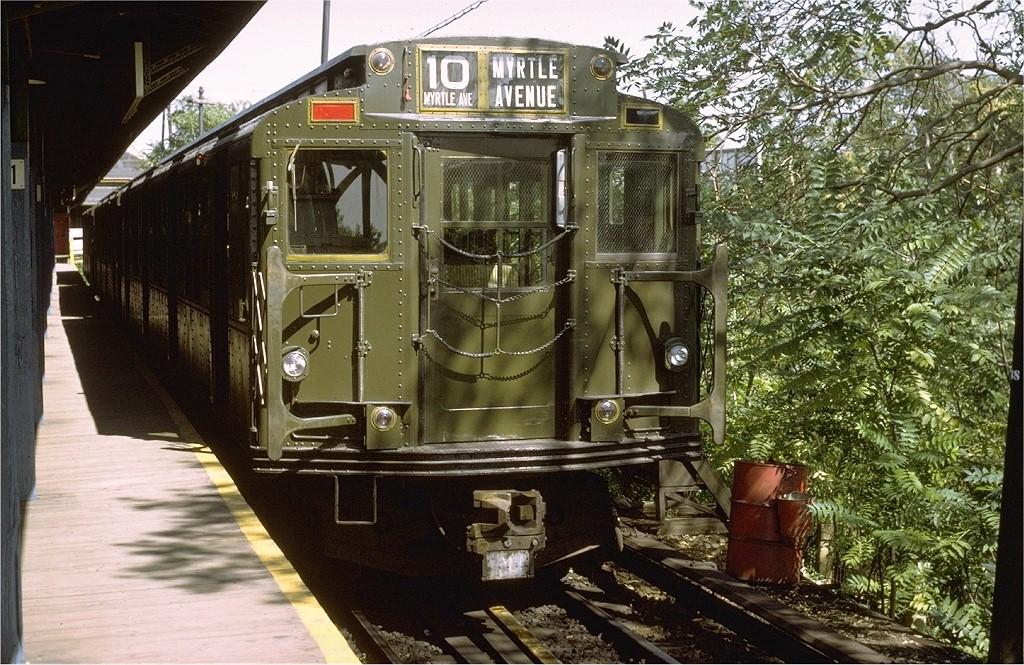 (270k, 1024x665)<br><b>Country:</b> United States<br><b>City:</b> New York<br><b>System:</b> New York City Transit<br><b>Line:</b> BMT Myrtle Avenue Line<br><b>Location:</b> Metropolitan Avenue <br><b>Route:</b> BMT 10<br><b>Car:</b> R-6-3 (American Car & Foundry, 1935)  1000 <br><b>Photo by:</b> Joe Testagrose<br><b>Date:</b> 9/25/1971<br><b>Viewed (this week/total):</b> 2 / 8287