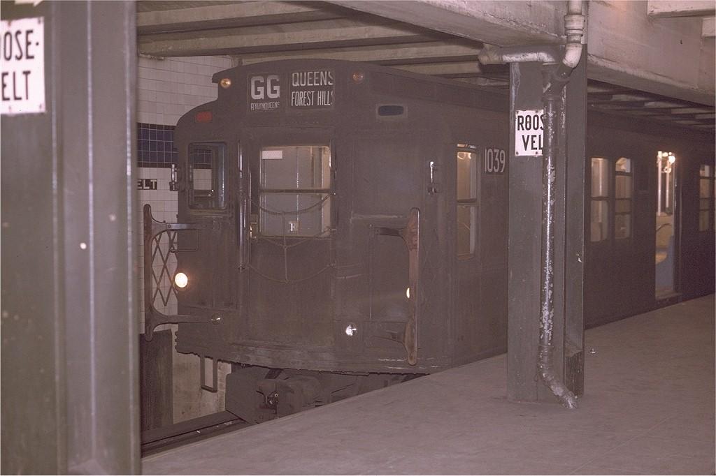 (160k, 1024x682)<br><b>Country:</b> United States<br><b>City:</b> New York<br><b>System:</b> New York City Transit<br><b>Line:</b> IND Queens Boulevard Line<br><b>Location:</b> Roosevelt Avenue <br><b>Route:</b> GG<br><b>Car:</b> R-6-3 (American Car & Foundry, 1935)  1039 <br><b>Photo by:</b> Joe Testagrose<br><b>Date:</b> 5/12/1970<br><b>Viewed (this week/total):</b> 5 / 5672