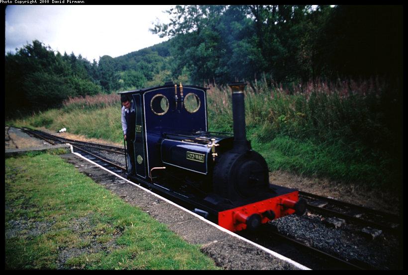 (120k, 820x553)<br><b>Country:</b> United Kingdom<br><b>System:</b> Bala Lake Railway <br><b>Photo by:</b> David Pirmann<br><b>Date:</b> 9/5/2000<br><b>Viewed (this week/total):</b> 2 / 2119