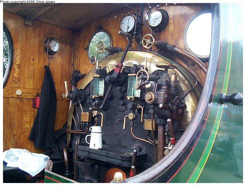 (139k, 820x620)<br><b>Country:</b> United Kingdom<br><b>System:</b> Bluebell Railway <br><b>Photo by:</b> Chris Jones<br><b>Date:</b> 7/12/2000<br><b>Viewed (this week/total):</b> 1 / 1795