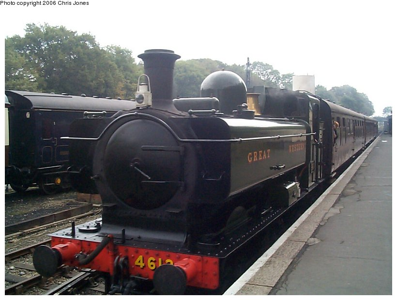 (109k, 820x620)<br><b>Country:</b> United Kingdom<br><b>System:</b> Bodmin & Wenford Railway <br><b>Photo by:</b> Chris Jones<br><b>Date:</b> 10/1/2002<br><b>Viewed (this week/total):</b> 2 / 1757