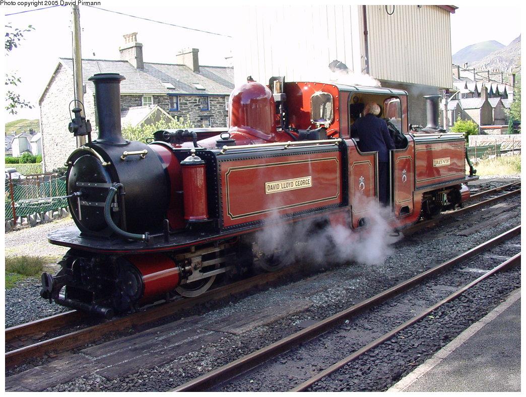 (241k, 1044x788)<br><b>Country:</b> United Kingdom<br><b>System:</b> Ffestiniog Railway <br><b>Photo by:</b> David Pirmann<br><b>Date:</b> 9/6/2000<br><b>Viewed (this week/total):</b> 4 / 1683