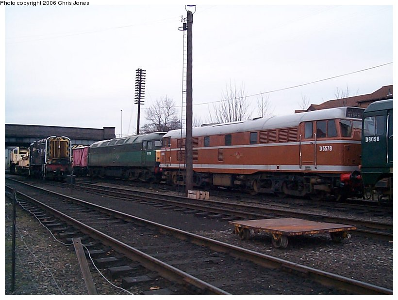 (115k, 820x620)<br><b>Country:</b> United Kingdom<br><b>System:</b> Great Central Railway <br><b>Photo by:</b> Chris Jones<br><b>Date:</b> 2/26/2000<br><b>Viewed (this week/total):</b> 0 / 1497