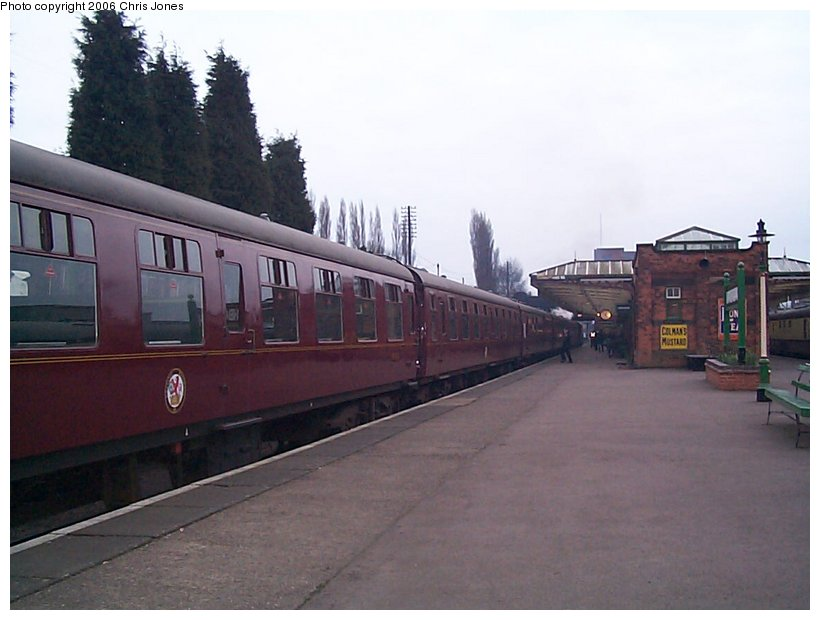 (97k, 820x620)<br><b>Country:</b> United Kingdom<br><b>System:</b> Great Central Railway <br><b>Photo by:</b> Chris Jones<br><b>Date:</b> 2/26/2000<br><b>Viewed (this week/total):</b> 1 / 1496