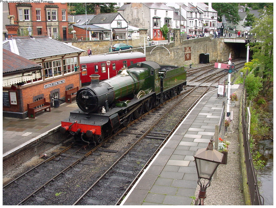 (300k, 1044x788)<br><b>Country:</b> United Kingdom<br><b>System:</b> Llangollen Railway <br><b>Location:</b> Llangollen<br><b>Car:</b> Locomotive 7822 <br><b>Photo by:</b> David Pirmann<br><b>Date:</b> 9/5/2000<br><b>Viewed (this week/total):</b> 1 / 1867