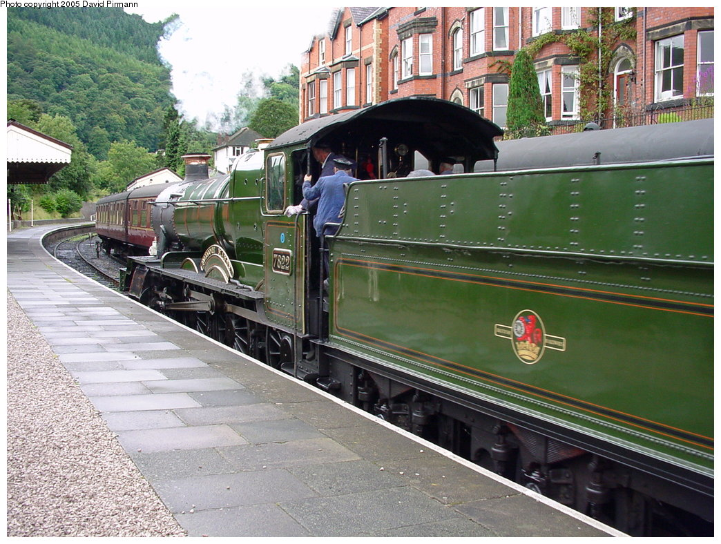(238k, 1044x788)<br><b>Country:</b> United Kingdom<br><b>System:</b> Llangollen Railway <br><b>Location:</b> Llangollen<br><b>Car:</b> Locomotive 7822 <br><b>Photo by:</b> David Pirmann<br><b>Date:</b> 9/5/2000<br><b>Viewed (this week/total):</b> 1 / 1659