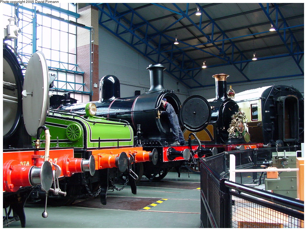 (235k, 1044x788)<br><b>Country:</b> United Kingdom<br><b>System:</b> National Railway Museum <br><b>Photo by:</b> David Pirmann<br><b>Date:</b> 9/3/2000<br><b>Viewed (this week/total):</b> 1 / 1641