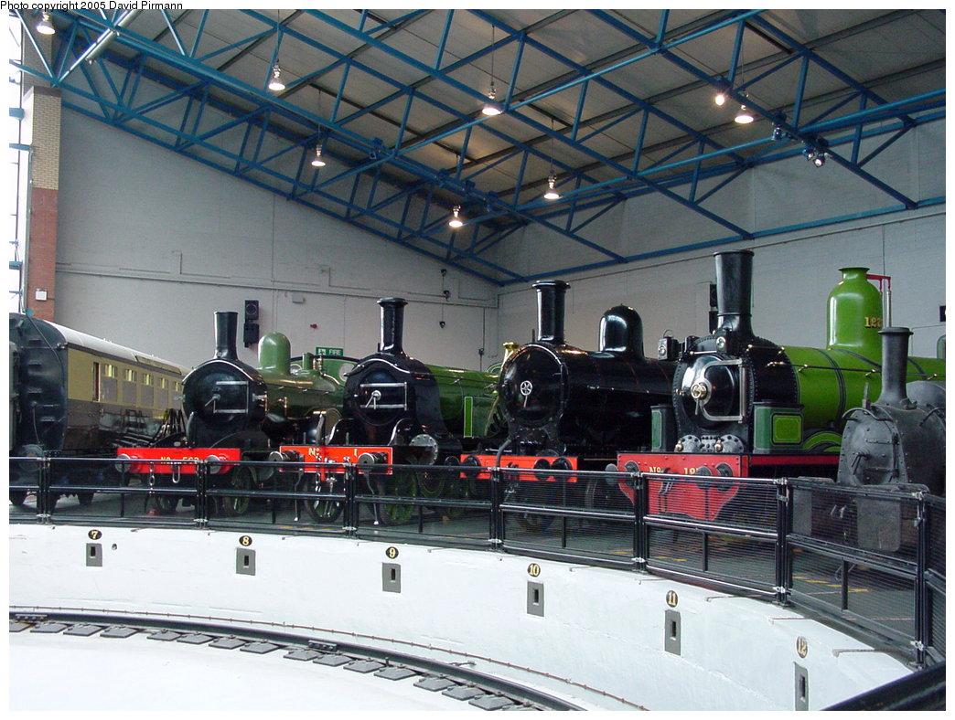 (206k, 1044x788)<br><b>Country:</b> United Kingdom<br><b>System:</b> National Railway Museum <br><b>Photo by:</b> David Pirmann<br><b>Date:</b> 9/3/2000<br><b>Viewed (this week/total):</b> 2 / 1925