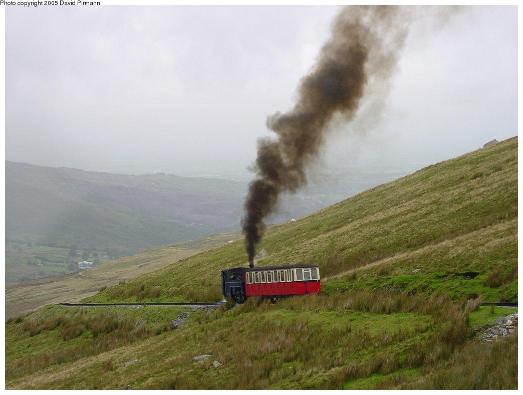 (142k, 1044x788)<br><b>Country:</b> United Kingdom<br><b>System:</b> Snowdon Mountain Railway <br><b>Photo by:</b> David Pirmann<br><b>Date:</b> 9/8/2000<br><b>Viewed (this week/total):</b> 1 / 2693
