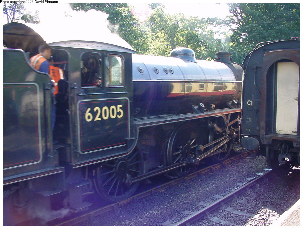 (205k, 1044x788)<br><b>Country:</b> United Kingdom<br><b>System:</b> North Yorkshire Moors Railway <br><b>Photo by:</b> David Pirmann<br><b>Date:</b> 9/4/2000<br><b>Viewed (this week/total):</b> 1 / 1678