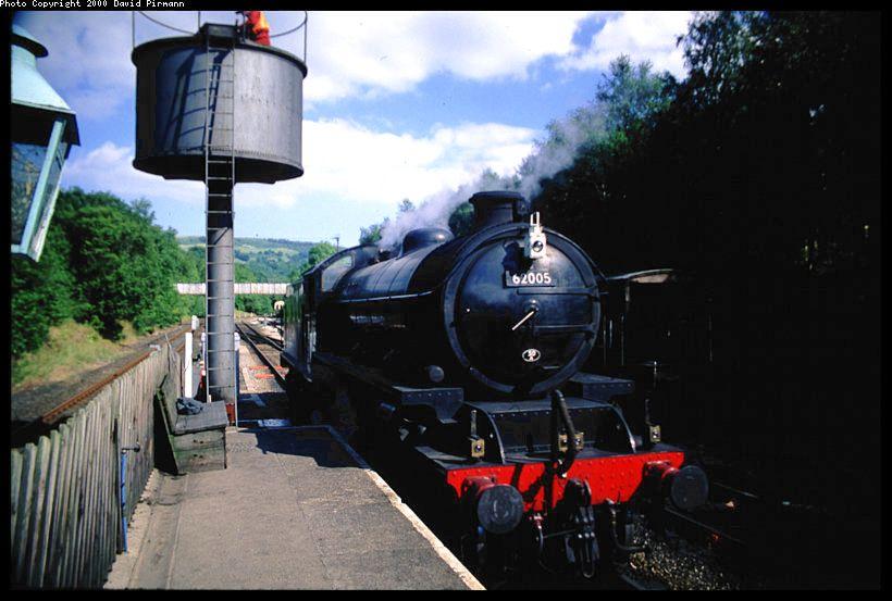 (70k, 820x553)<br><b>Country:</b> United Kingdom<br><b>System:</b> North Yorkshire Moors Railway <br><b>Photo by:</b> David Pirmann<br><b>Date:</b> 9/4/2000<br><b>Viewed (this week/total):</b> 0 / 1539