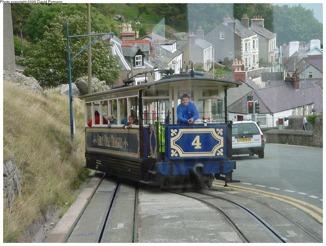 (221k, 1044x788)<br><b>Country:</b> United Kingdom<br><b>System:</b> Great Orme Tramway <br><b>Photo by:</b> David Pirmann<br><b>Date:</b> 9/7/2000<br><b>Viewed (this week/total):</b> 0 / 2494