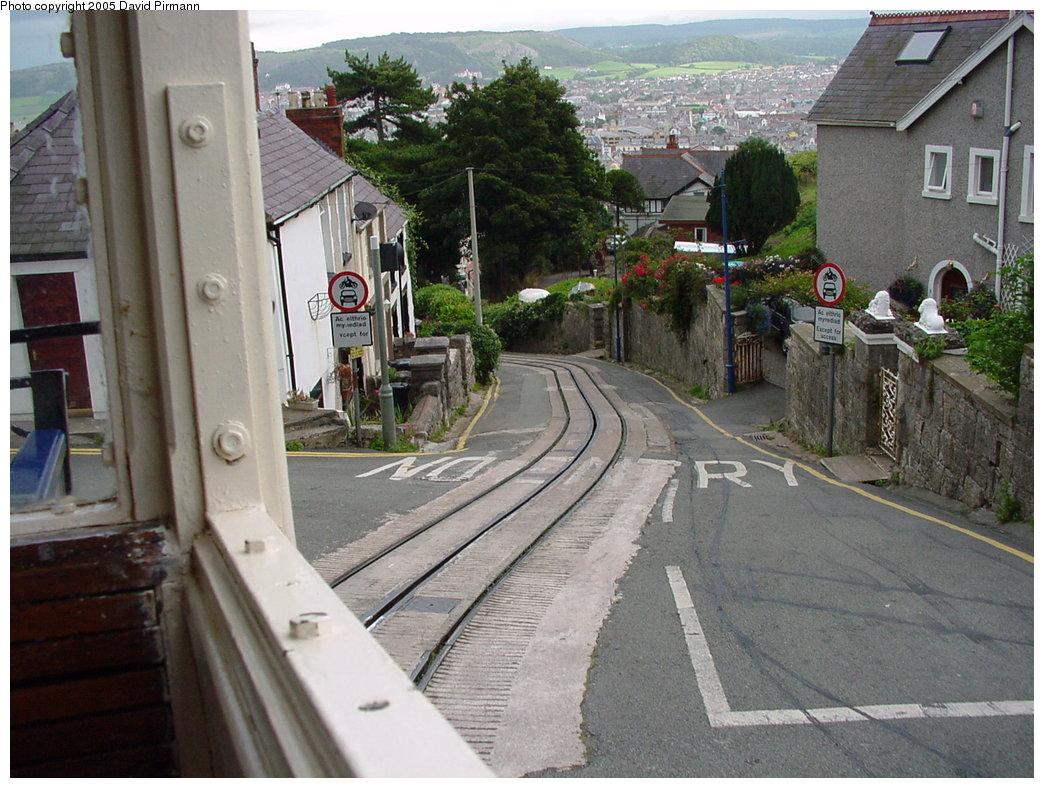 (203k, 1044x788)<br><b>Country:</b> United Kingdom<br><b>System:</b> Great Orme Tramway <br><b>Photo by:</b> David Pirmann<br><b>Date:</b> 9/7/2000<br><b>Viewed (this week/total):</b> 1 / 2227