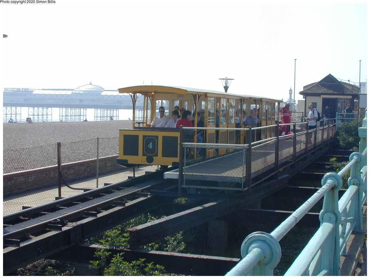 (66k, 800x600)<br><b>Country:</b> United Kingdom<br><b>City:</b> Brighton, Sussex<br><b>System:</b> Volks Electric Railway <br><b>Photo by:</b> Simon Billis<br><b>Date:</b> 2001<br><b>Viewed (this week/total):</b> 1 / 1607