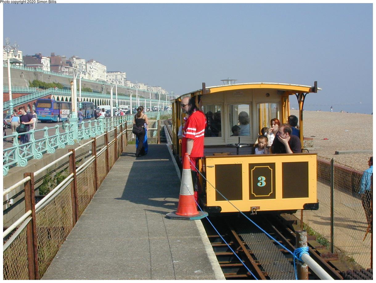 (81k, 800x600)<br><b>Country:</b> United Kingdom<br><b>City:</b> Brighton, Sussex<br><b>System:</b> Volks Electric Railway <br><b>Photo by:</b> Simon Billis<br><b>Date:</b> 2001<br><b>Viewed (this week/total):</b> 0 / 1664