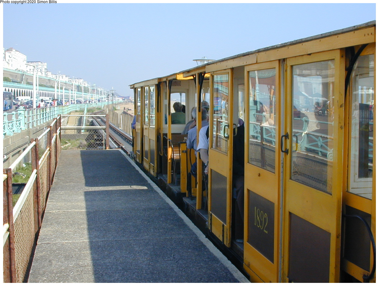 (74k, 800x600)<br><b>Country:</b> United Kingdom<br><b>City:</b> Brighton, Sussex<br><b>System:</b> Volks Electric Railway <br><b>Photo by:</b> Simon Billis<br><b>Date:</b> 2001<br><b>Viewed (this week/total):</b> 0 / 1591