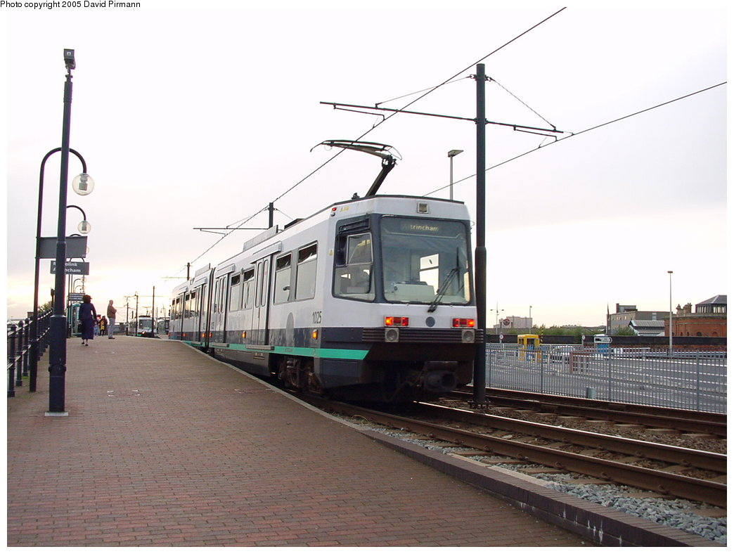 (145k, 1044x788)<br><b>Country:</b> United Kingdom<br><b>City:</b> Manchester<br><b>System:</b> Metrolink <br><b>Line:</b> City Center-Shared Stations<br><b>Location:</b> Deansgate-Castlefield (formerly G-Mex) <br><b>Car:</b> Manchester T68 (Ansaldo-Breda, 1992)  1025 <br><b>Photo by:</b> David Pirmann<br><b>Date:</b> 9/8/2000<br><b>Viewed (this week/total):</b> 0 / 1978