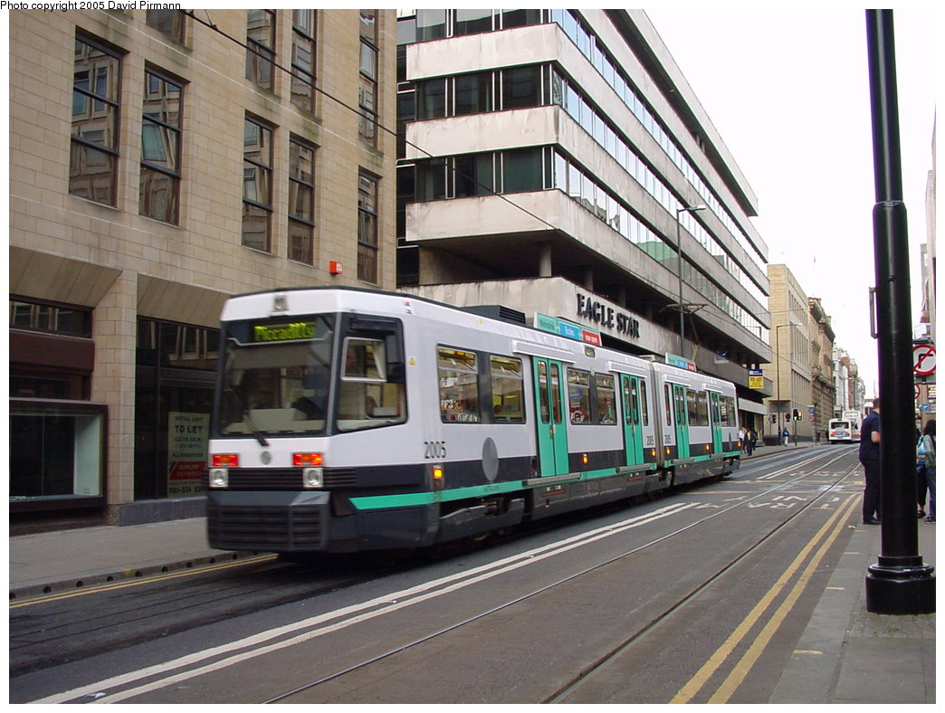 (194k, 1044x788)<br><b>Country:</b> United Kingdom<br><b>City:</b> Manchester<br><b>System:</b> Metrolink <br><b>Line:</b> City Center-Shared Stations<br><b>Location:</b> Mosley Street <br><b>Car:</b> Manchester T68a (Ansaldo-Breda, 1999)  2005 <br><b>Photo by:</b> David Pirmann<br><b>Date:</b> 9/8/2000<br><b>Viewed (this week/total):</b> 4 / 2037