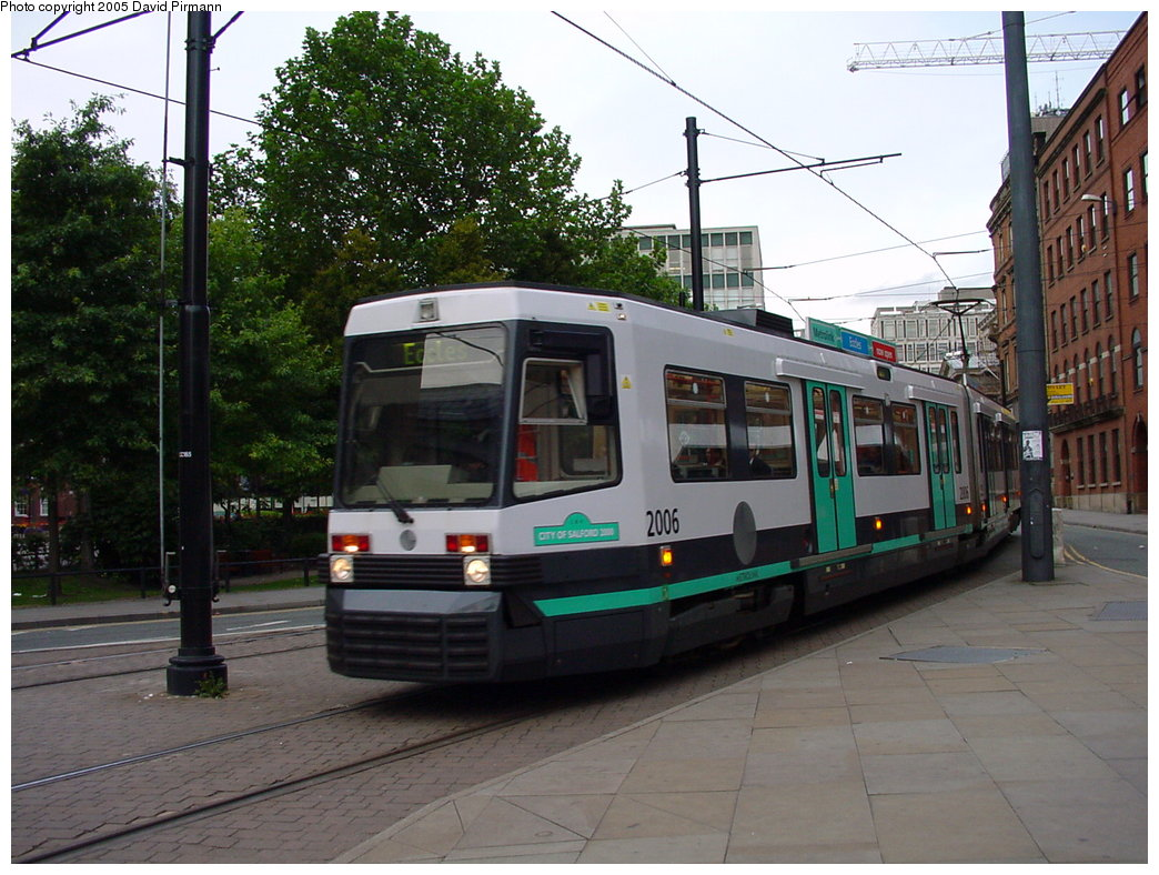 (192k, 1044x788)<br><b>Country:</b> United Kingdom<br><b>City:</b> Manchester<br><b>System:</b> Metrolink <br><b>Line:</b> City Center-Shared Stations<br><b>Location:</b> St. Peter's Square <br><b>Car:</b> Manchester T68a (Ansaldo-Breda, 1999)  2006 <br><b>Photo by:</b> David Pirmann<br><b>Date:</b> 9/8/2000<br><b>Viewed (this week/total):</b> 0 / 1877