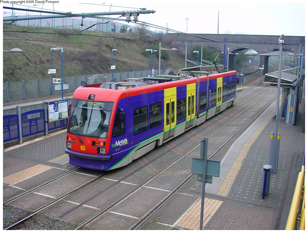 (223k, 1044x788)<br><b>Country:</b> United Kingdom<br><b>City:</b> Birmingham <br><b>System:</b> Midland Metro<br><b>Location:</b> The Hawthorns <br><b>Car:</b>  16 <br><b>Photo by:</b> David Pirmann<br><b>Date:</b> 3/29/2001<br><b>Viewed (this week/total):</b> 1 / 1605