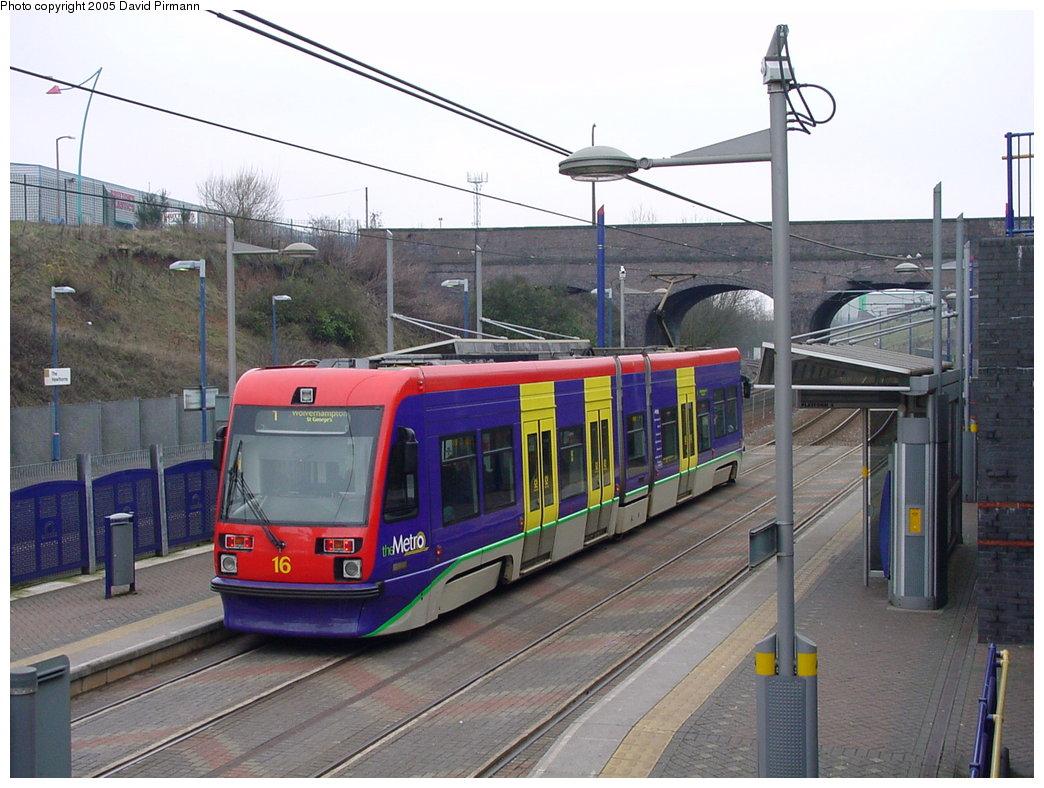 (183k, 1044x788)<br><b>Country:</b> United Kingdom<br><b>City:</b> Birmingham <br><b>System:</b> Midland Metro<br><b>Location:</b> The Hawthorns <br><b>Car:</b>  16 <br><b>Photo by:</b> David Pirmann<br><b>Date:</b> 3/29/2001<br><b>Viewed (this week/total):</b> 2 / 1438