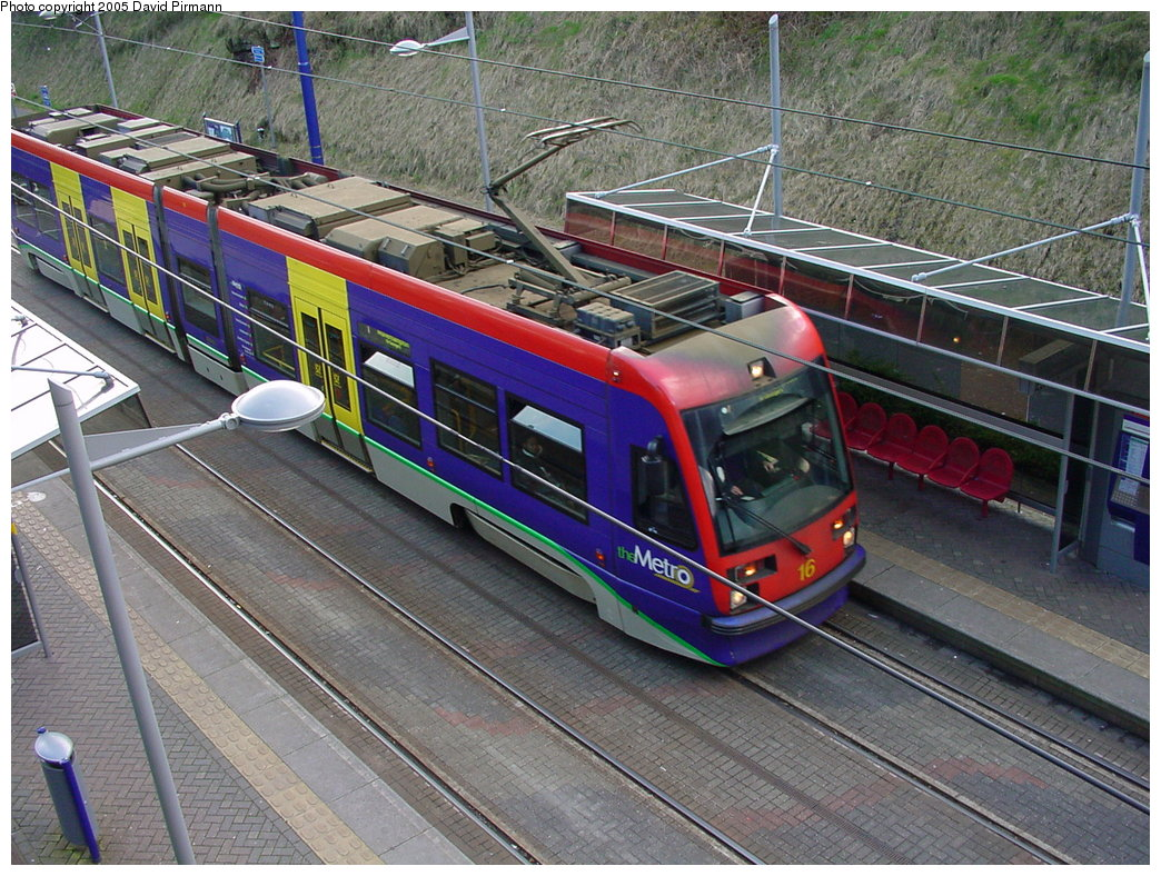 (251k, 1044x788)<br><b>Country:</b> United Kingdom<br><b>City:</b> Birmingham <br><b>System:</b> Midland Metro<br><b>Location:</b> Lodge Road/West Bromwich Town Hall <br><b>Car:</b>  16 <br><b>Photo by:</b> David Pirmann<br><b>Date:</b> 3/29/2001<br><b>Viewed (this week/total):</b> 1 / 1849