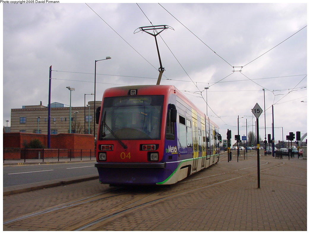 (136k, 1044x788)<br><b>Country:</b> United Kingdom<br><b>City:</b> Birmingham <br><b>System:</b> Midland Metro<br><b>Location:</b> Wolverhampton St. George's <br><b>Car:</b>  04 <br><b>Photo by:</b> David Pirmann<br><b>Date:</b> 3/29/2001<br><b>Viewed (this week/total):</b> 1 / 1579