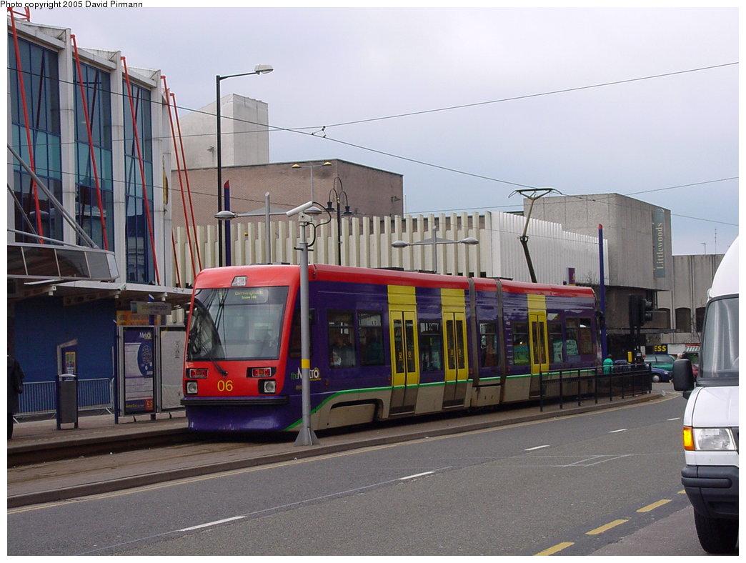 (164k, 1044x788)<br><b>Country:</b> United Kingdom<br><b>City:</b> Birmingham <br><b>System:</b> Midland Metro<br><b>Location:</b> Wolverhampton St. George's <br><b>Car:</b>  06 <br><b>Photo by:</b> David Pirmann<br><b>Date:</b> 3/29/2001<br><b>Viewed (this week/total):</b> 1 / 1643