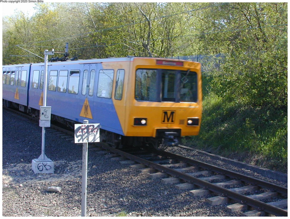 (123k, 820x620)<br><b>Country:</b> United Kingdom<br><b>City:</b> Newcastle<br><b>System:</b> Tyne & Wear Metro<br><b>Location:</b> Gateshead Stadium<br><b>Photo by:</b> Simon Billis<br><b>Date:</b> 2001<br><b>Viewed (this week/total):</b> 3 / 3001