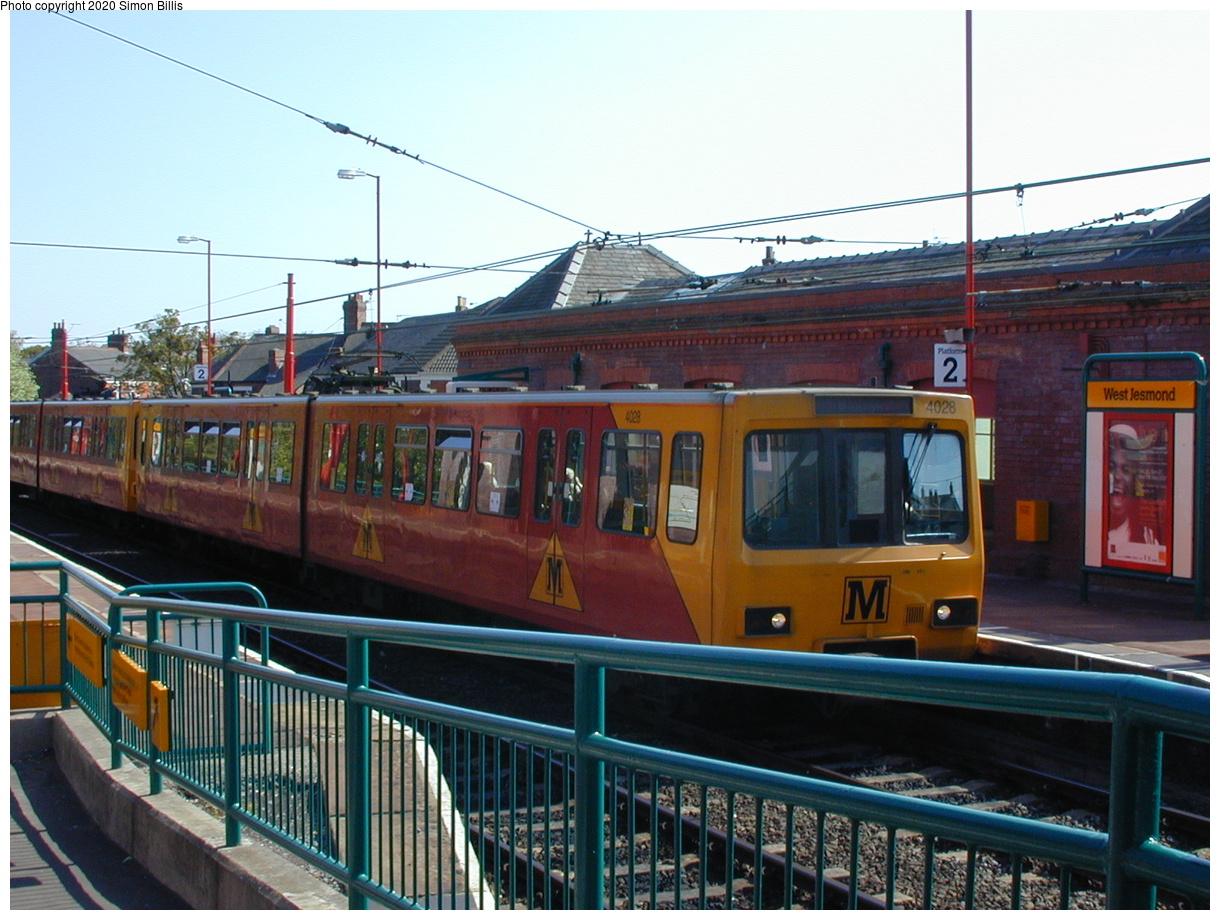 (80k, 820x620)<br><b>Country:</b> United Kingdom<br><b>City:</b> Newcastle<br><b>System:</b> Tyne & Wear Metro<br><b>Location:</b> West Jesmond<br><b>Photo by:</b> Simon Billis<br><b>Date:</b> 2001<br><b>Viewed (this week/total):</b> 1 / 2878