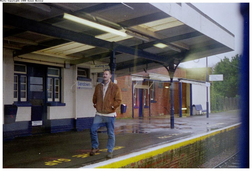 (127k, 960x654)<br><b>Country:</b> United Kingdom<br><b>City:</b> Isle of Wight<br><b>System:</b> Island Line<br><b>Location:</b> Sandown <br><b>Route:</b> Isle of Wight<br><b>Photo by:</b> Simon Billis<br><b>Date:</b> 1/2000<br><b>Viewed (this week/total):</b> 1 / 3127