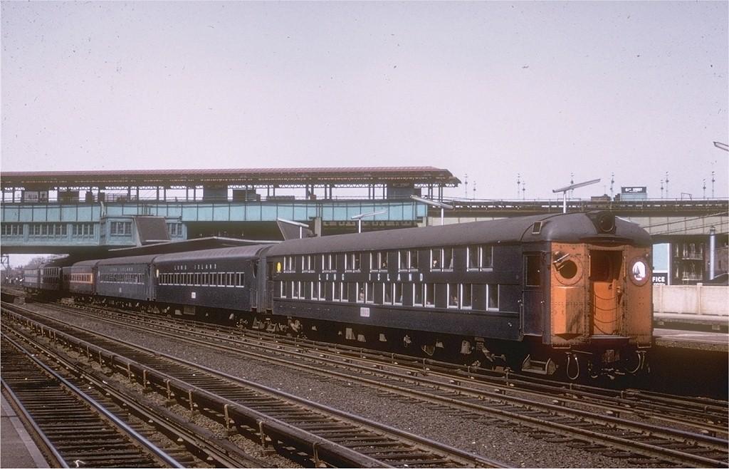 (194k, 1024x658)<br><b>Country:</b> United States<br><b>City:</b> New York<br><b>System:</b> Long Island Rail Road<br><b>Line:</b> LIRR Main Line<br><b>Location:</b> Woodside <br><b>Car:</b> LIRR MP70B  1333 <br><b>Collection of:</b> Joe Testagrose<br><b>Date:</b> 5/1965<br><b>Viewed (this week/total):</b> 3 / 2291
