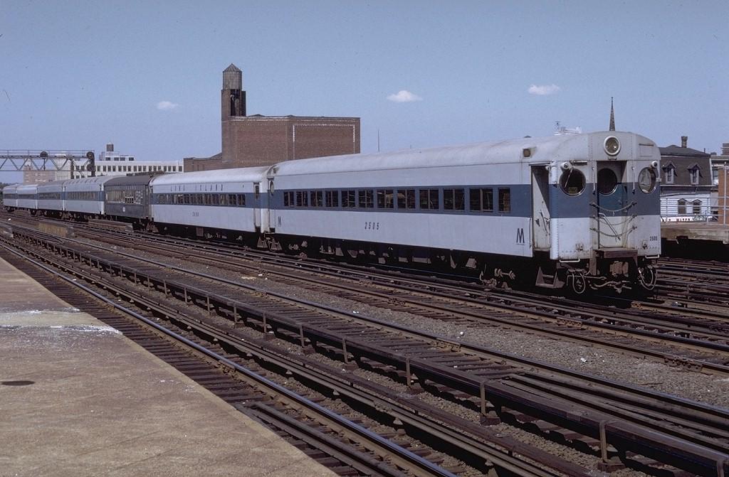 (209k, 1024x671)<br><b>Country:</b> United States<br><b>System:</b> Long Island Rail Road<br><b>Line:</b> LIRR Hempstead<br><b>Location:</b> Union Hall Street <br><b>Car:</b> LIRR MP72  2505 <br><b>Photo by:</b> Doug Grotjahn<br><b>Collection of:</b> Joe Testagrose<br><b>Date:</b> 7/12/1971<br><b>Viewed (this week/total):</b> 4 / 5819