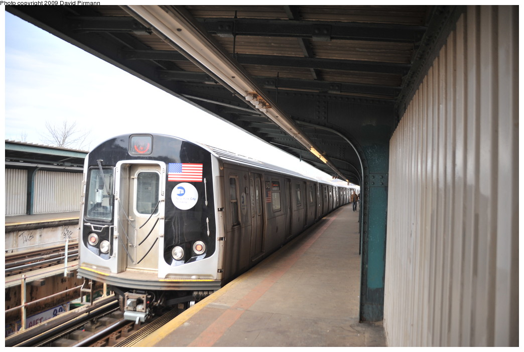 (225k, 1044x701)<br><b>Country:</b> United States<br><b>City:</b> New York<br><b>System:</b> New York City Transit<br><b>Line:</b> BMT Nassau Street/Jamaica Line<br><b>Location:</b> Woodhaven Boulevard <br><b>Route:</b> J<br><b>Car:</b> R-160A-1 (Alstom, 2005-2008, 4 car sets)  8420 <br><b>Photo by:</b> David Pirmann<br><b>Date:</b> 4/10/2009<br><b>Viewed (this week/total):</b> 1 / 1353