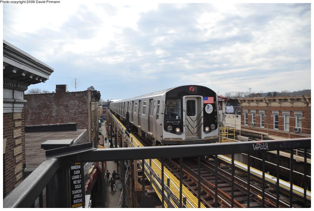 (247k, 1044x701)<br><b>Country:</b> United States<br><b>City:</b> New York<br><b>System:</b> New York City Transit<br><b>Line:</b> BMT Nassau Street/Jamaica Line<br><b>Location:</b> Woodhaven Boulevard <br><b>Route:</b> J<br><b>Car:</b> R-160A-1 (Alstom, 2005-2008, 4 car sets)  8520 <br><b>Photo by:</b> David Pirmann<br><b>Date:</b> 4/10/2009<br><b>Viewed (this week/total):</b> 0 / 1177