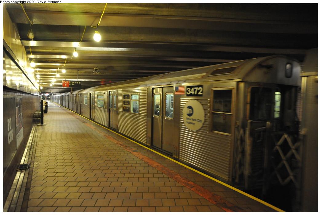 (250k, 1044x701)<br><b>Country:</b> United States<br><b>City:</b> New York<br><b>System:</b> New York City Transit<br><b>Line:</b> IND 63rd Street<br><b>Location:</b> 21st Street/Queensbridge <br><b>Route:</b> F<br><b>Car:</b> R-32 (Budd, 1964)  3472 <br><b>Photo by:</b> David Pirmann<br><b>Date:</b> 4/10/2009<br><b>Viewed (this week/total):</b> 1 / 1550