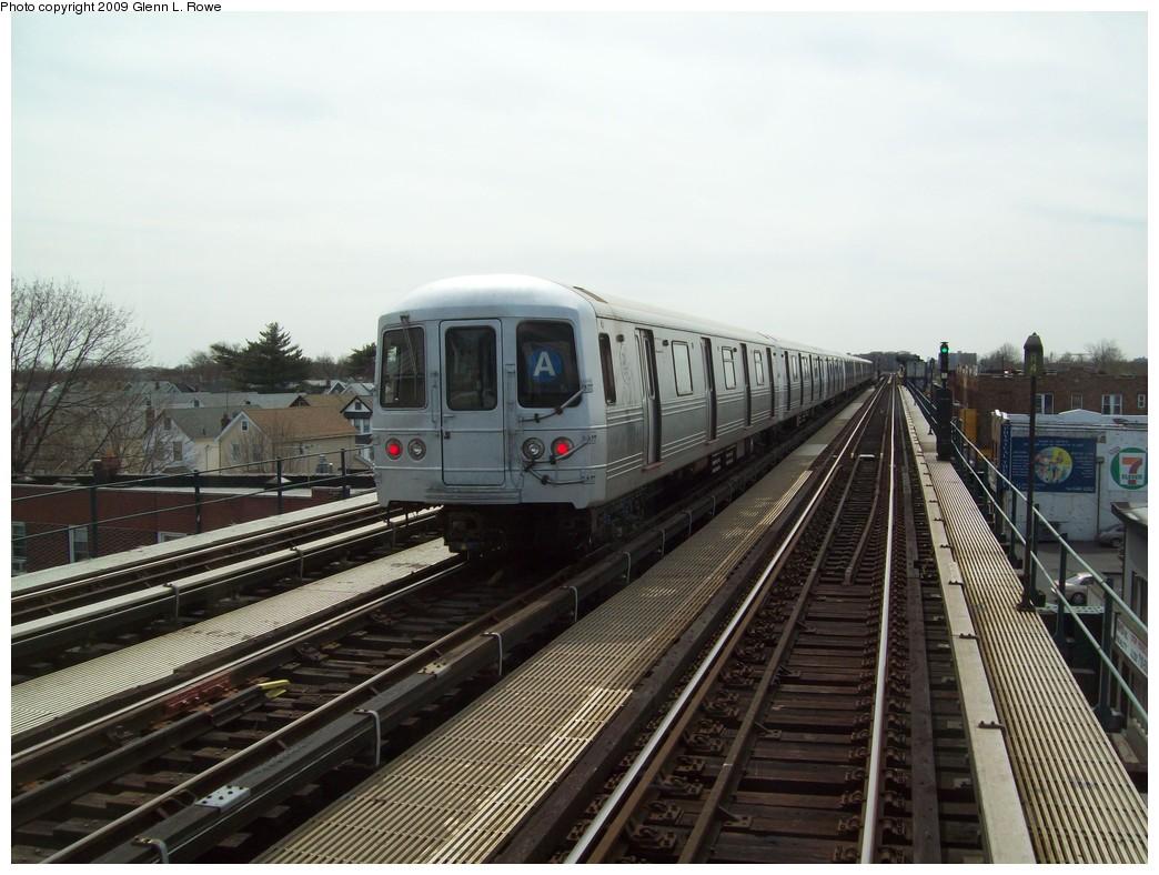 (211k, 1044x788)<br><b>Country:</b> United States<br><b>City:</b> New York<br><b>System:</b> New York City Transit<br><b>Line:</b> IND Fulton Street Line<br><b>Location:</b> Lefferts Boulevard <br><b>Route:</b> A<br><b>Car:</b> R-46 (Pullman-Standard, 1974-75) 6234 <br><b>Photo by:</b> Glenn L. Rowe<br><b>Date:</b> 4/13/2009<br><b>Notes:</b> Gap train laid up between Lefferts and 111th.<br><b>Viewed (this week/total):</b> 0 / 1401