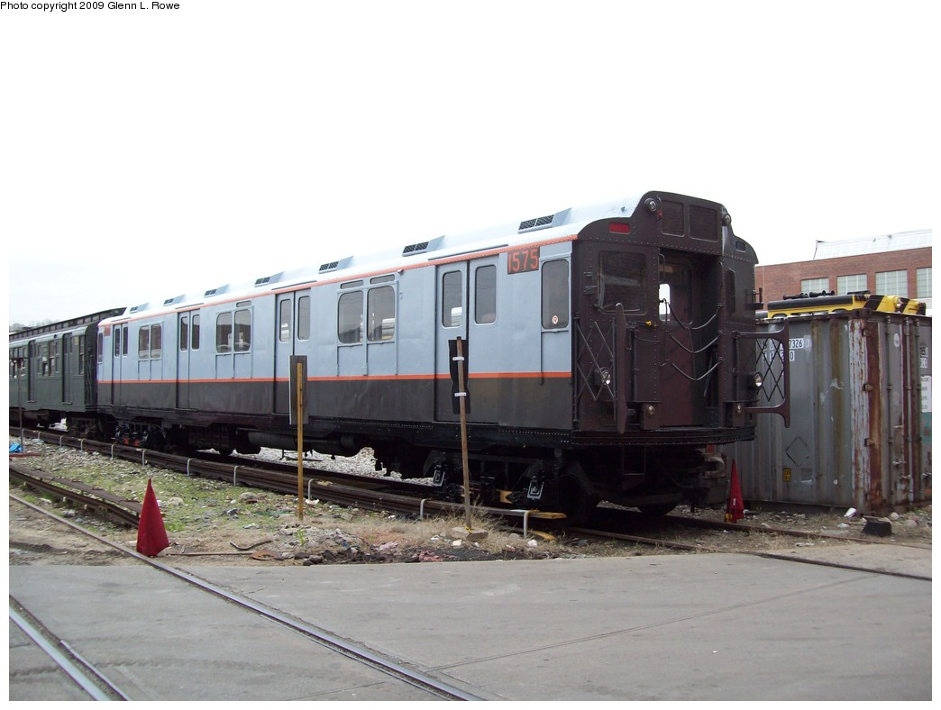 (165k, 1044x788)<br><b>Country:</b> United States<br><b>City:</b> New York<br><b>System:</b> New York City Transit<br><b>Location:</b> 207th Street Yard<br><b>Car:</b> R-7A (Pullman, 1938)  1575 <br><b>Photo by:</b> Glenn L. Rowe<br><b>Date:</b> 4/14/2009<br><b>Viewed (this week/total):</b> 3 / 2512