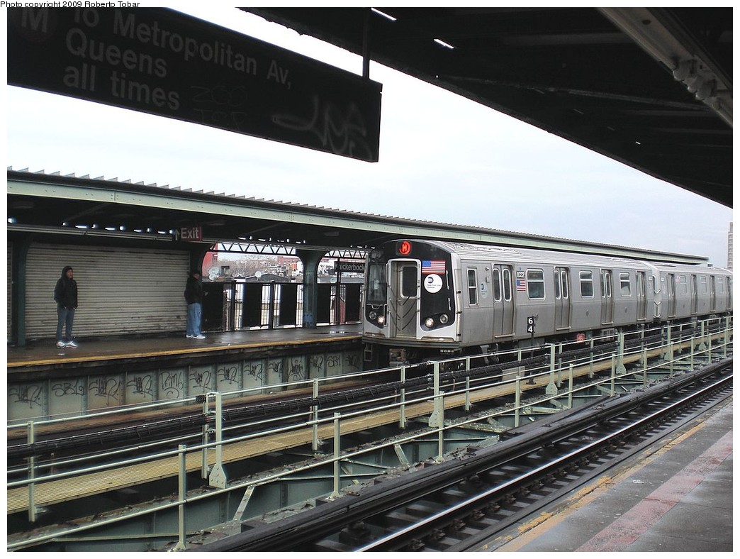 (269k, 1044x788)<br><b>Country:</b> United States<br><b>City:</b> New York<br><b>System:</b> New York City Transit<br><b>Line:</b> BMT Myrtle Avenue Line<br><b>Location:</b> Knickerbocker Avenue <br><b>Route:</b> M<br><b>Car:</b> R-160A-1 (Alstom, 2005-2008, 4 car sets)  8332 <br><b>Photo by:</b> Roberto C. Tobar<br><b>Date:</b> 4/11/2009<br><b>Viewed (this week/total):</b> 5 / 1884