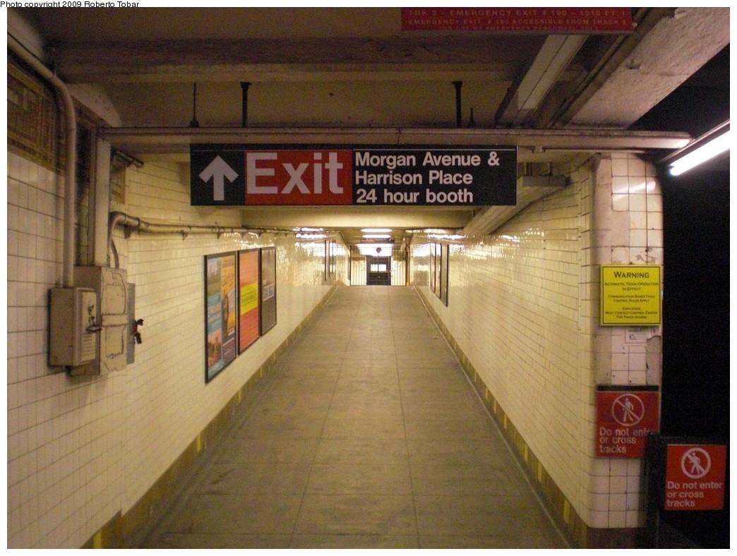 (243k, 1044x788)<br><b>Country:</b> United States<br><b>City:</b> New York<br><b>System:</b> New York City Transit<br><b>Line:</b> BMT Canarsie Line<br><b>Location:</b> Morgan Avenue <br><b>Photo by:</b> Roberto C. Tobar<br><b>Date:</b> 4/11/2009<br><b>Notes:</b> Ramp to fare control.<br><b>Viewed (this week/total):</b> 1 / 1632