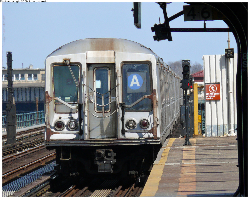 (308k, 1044x831)<br><b>Country:</b> United States<br><b>City:</b> New York<br><b>System:</b> New York City Transit<br><b>Line:</b> IND Fulton Street Line<br><b>Location:</b> 88th Street/Boyd Avenue <br><b>Route:</b> A<br><b>Car:</b> R-40 (St. Louis, 1968)  4241 <br><b>Photo by:</b> John Urbanski<br><b>Date:</b> 4/16/2009<br><b>Viewed (this week/total):</b> 1 / 1097