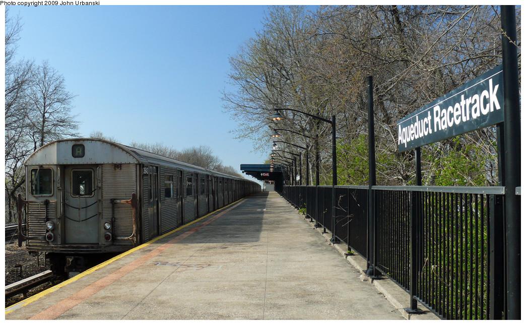 (315k, 1044x645)<br><b>Country:</b> United States<br><b>City:</b> New York<br><b>System:</b> New York City Transit<br><b>Line:</b> IND Rockaway<br><b>Location:</b> Aqueduct Racetrack <br><b>Route:</b> A<br><b>Car:</b> R-32 (Budd, 1964)  3828 <br><b>Photo by:</b> John Urbanski<br><b>Date:</b> 4/16/2009<br><b>Viewed (this week/total):</b> 0 / 1837