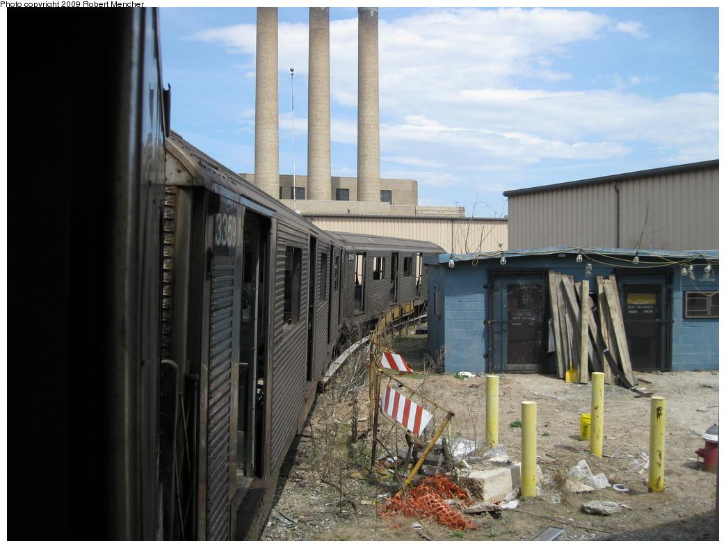 (218k, 1044x788)<br><b>Country:</b> United States<br><b>City:</b> New York<br><b>System:</b> New York City Transit<br><b>Location:</b> 207th Street Yard<br><b>Car:</b> R-32 (Budd, 1964)  3359 <br><b>Photo by:</b> Robert Mencher<br><b>Date:</b> 4/18/2009<br><b>Notes:</b> Scrap<br><b>Viewed (this week/total):</b> 3 / 1001