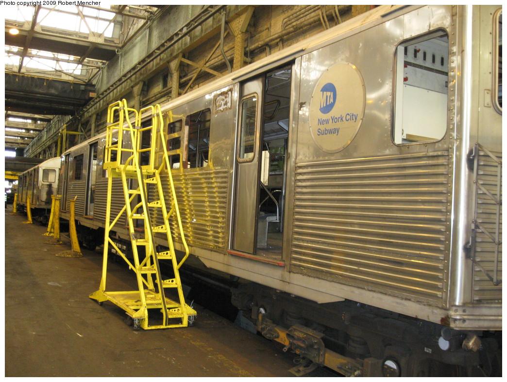 (276k, 1044x788)<br><b>Country:</b> United States<br><b>City:</b> New York<br><b>System:</b> New York City Transit<br><b>Location:</b> 207th Street Shop<br><b>Car:</b> R-38 (St. Louis, 1966-1967)  4xxx <br><b>Photo by:</b> Robert Mencher<br><b>Date:</b> 4/18/2009<br><b>Viewed (this week/total):</b> 0 / 792