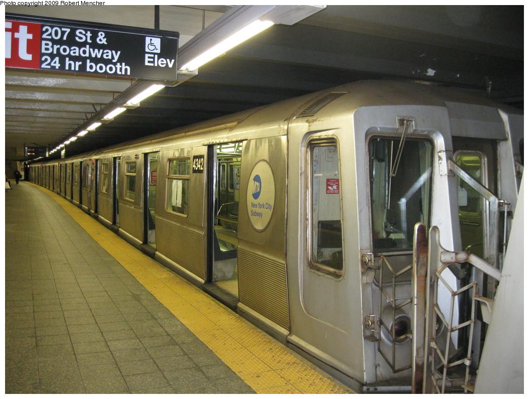 (247k, 1044x788)<br><b>Country:</b> United States<br><b>City:</b> New York<br><b>System:</b> New York City Transit<br><b>Line:</b> IND 8th Avenue Line<br><b>Location:</b> 207th Street <br><b>Route:</b> A<br><b>Car:</b> R-40 (St. Louis, 1968)  4342 <br><b>Photo by:</b> Robert Mencher<br><b>Date:</b> 4/18/2009<br><b>Viewed (this week/total):</b> 1 / 731