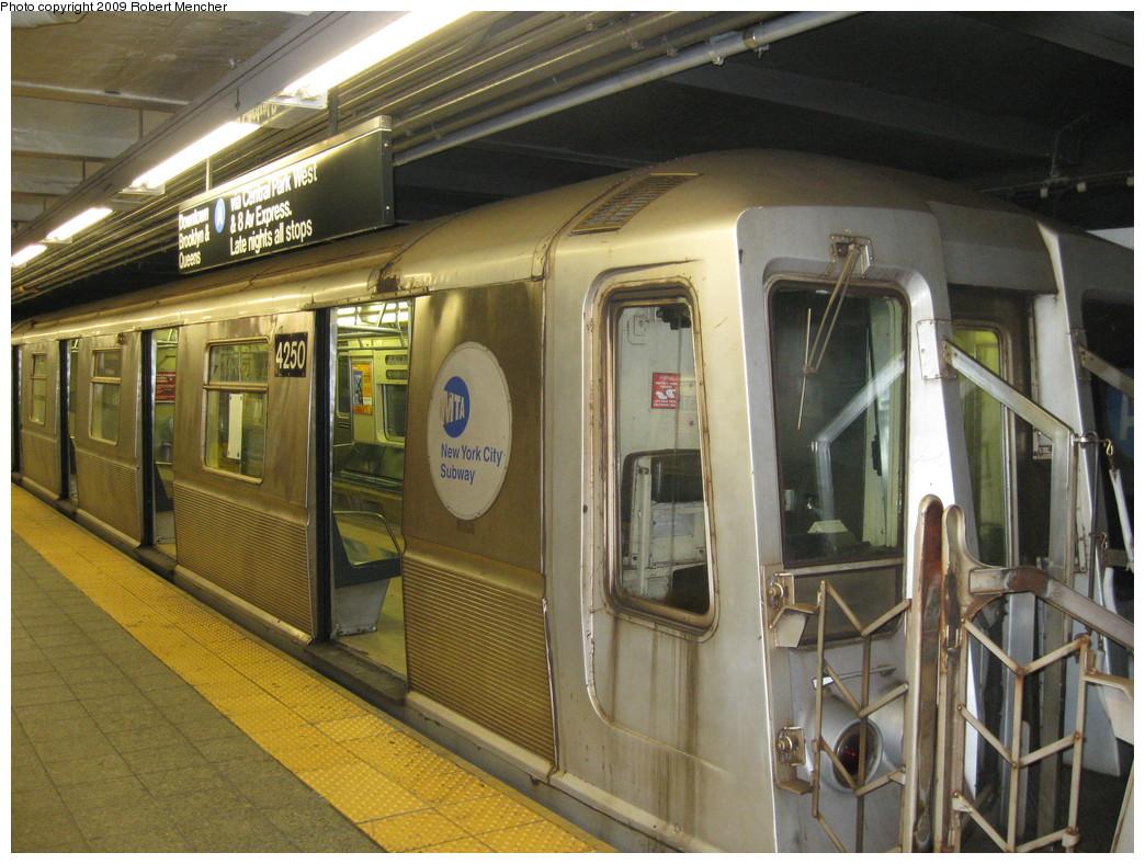 (251k, 1044x788)<br><b>Country:</b> United States<br><b>City:</b> New York<br><b>System:</b> New York City Transit<br><b>Line:</b> IND 8th Avenue Line<br><b>Location:</b> 207th Street <br><b>Route:</b> A<br><b>Car:</b> R-40 (St. Louis, 1968)  4250 <br><b>Photo by:</b> Robert Mencher<br><b>Date:</b> 4/18/2009<br><b>Viewed (this week/total):</b> 0 / 729