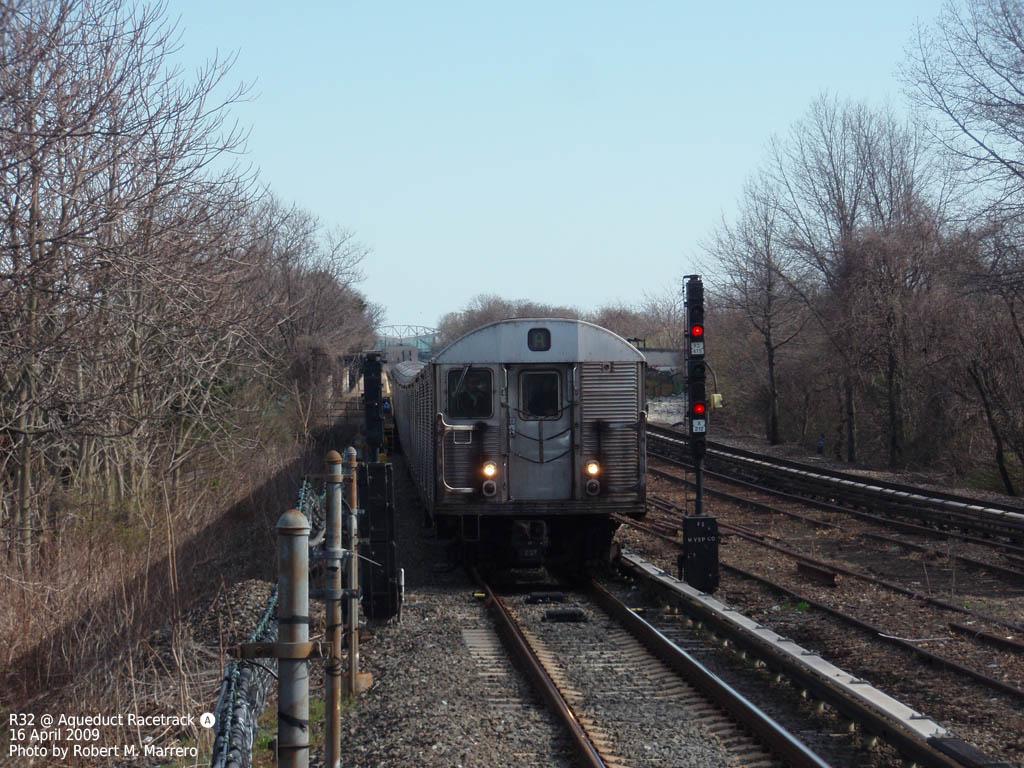 (203k, 1024x768)<br><b>Country:</b> United States<br><b>City:</b> New York<br><b>System:</b> New York City Transit<br><b>Line:</b> IND Rockaway<br><b>Location:</b> Aqueduct Racetrack <br><b>Route:</b> A<br><b>Car:</b> R-32 (Budd, 1964)   <br><b>Photo by:</b> Robert Marrero<br><b>Date:</b> 4/16/2009<br><b>Viewed (this week/total):</b> 0 / 1894