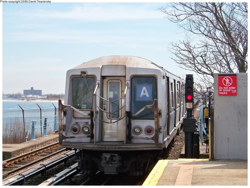 (264k, 1044x788)<br><b>Country:</b> United States<br><b>City:</b> New York<br><b>System:</b> New York City Transit<br><b>Line:</b> IND Rockaway<br><b>Location:</b> Broad Channel <br><b>Route:</b> A<br><b>Car:</b> R-40 (St. Louis, 1968)  4251 <br><b>Photo by:</b> David Tropiansky<br><b>Date:</b> 4/17/2009<br><b>Viewed (this week/total):</b> 3 / 1307
